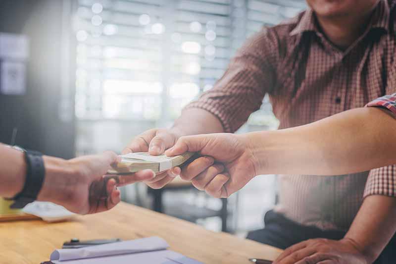 zadłużenie firm konsultingowych