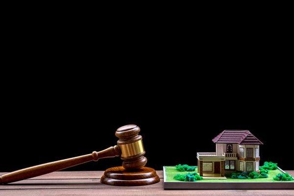 Zasady egzekucji komorniczej z nieruchomości