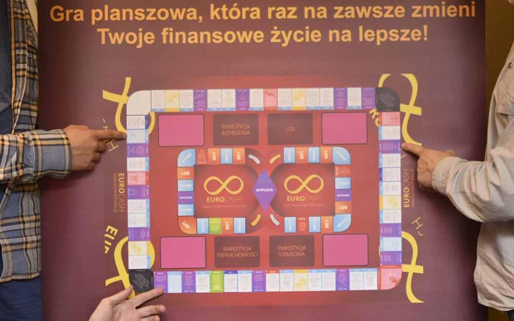 Polskie gry, które pomogą w edukacji finansowej dziecka